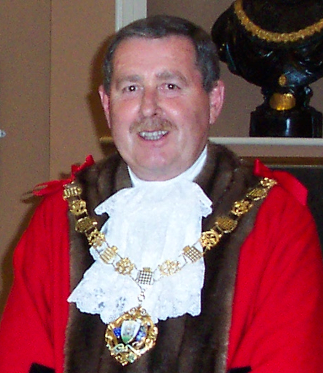 Past Mayor of Chichester - Councillor Shone - 2004-05 and 2001-02