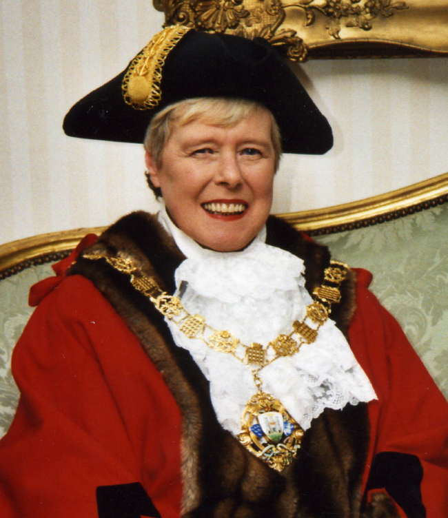 Past Mayor of Chichester - Councillor Le Bourlier-Woods - 2003-04