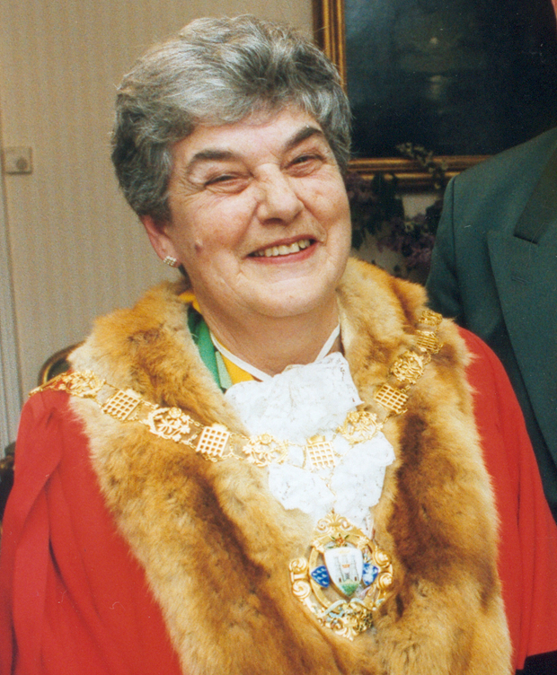 Past Mayor of Chichester - Councillor E French - 1999-2000