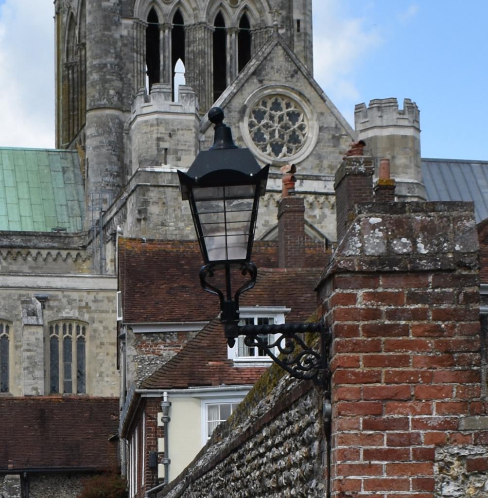 Chichester City Council Heritage street lighting, Canon Lane