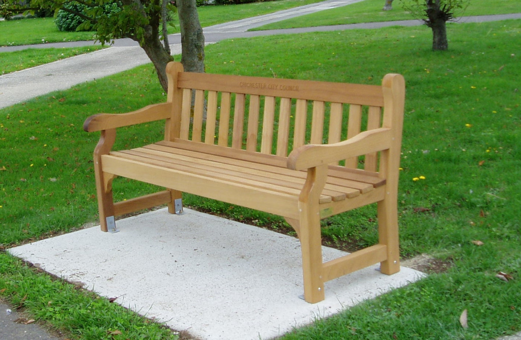 Picture showing City Council bench installed in Worcester Road, 2014
